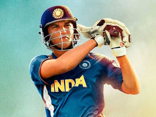 'M.S.Dhoni: The Untold Story' strikes a century on box office pitch