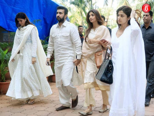 Shilpa Shetty and Shamita Shetty in Rishikesh for their father's last rites
