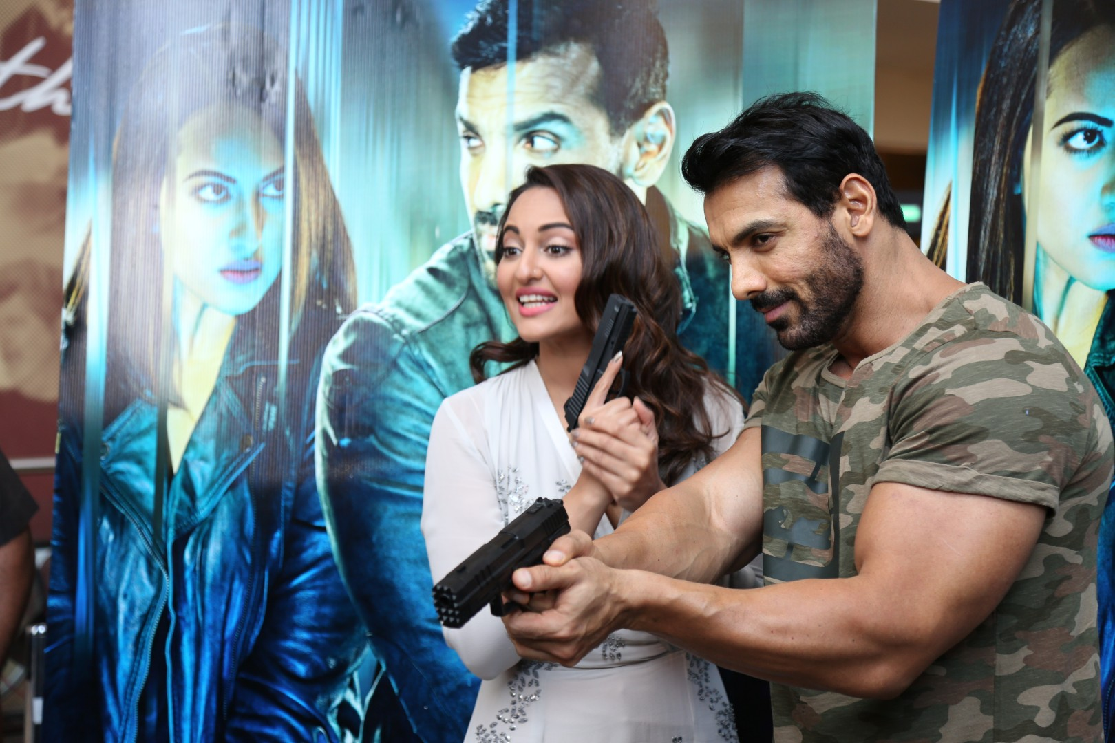John Abraham and Sonakshi Sinha in Force 2