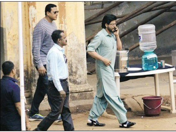 Shah Rukh Khan starrer 'Raees' trailer to be out on December 7