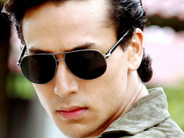 Is this actress going to make her debut opposite Tiger Shroff in 'Student Of The Year 2'?