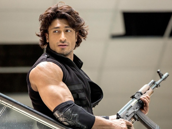 Vidyut Jammwal announces the release date of 'Commando 2'