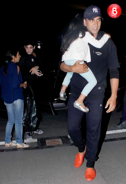 Akshay Kumar with his daughter