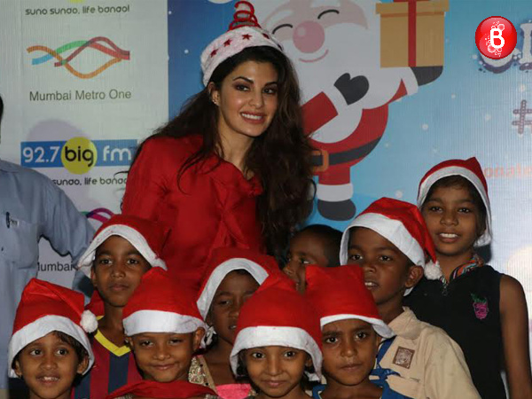 Jacqueline Fernandez celebrates Christmas with kids of Angel Xpress Foundation!