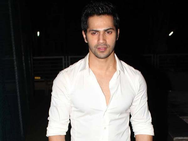 Varun Dhawan reacts on rumours of being a part of 'Gully Boy'