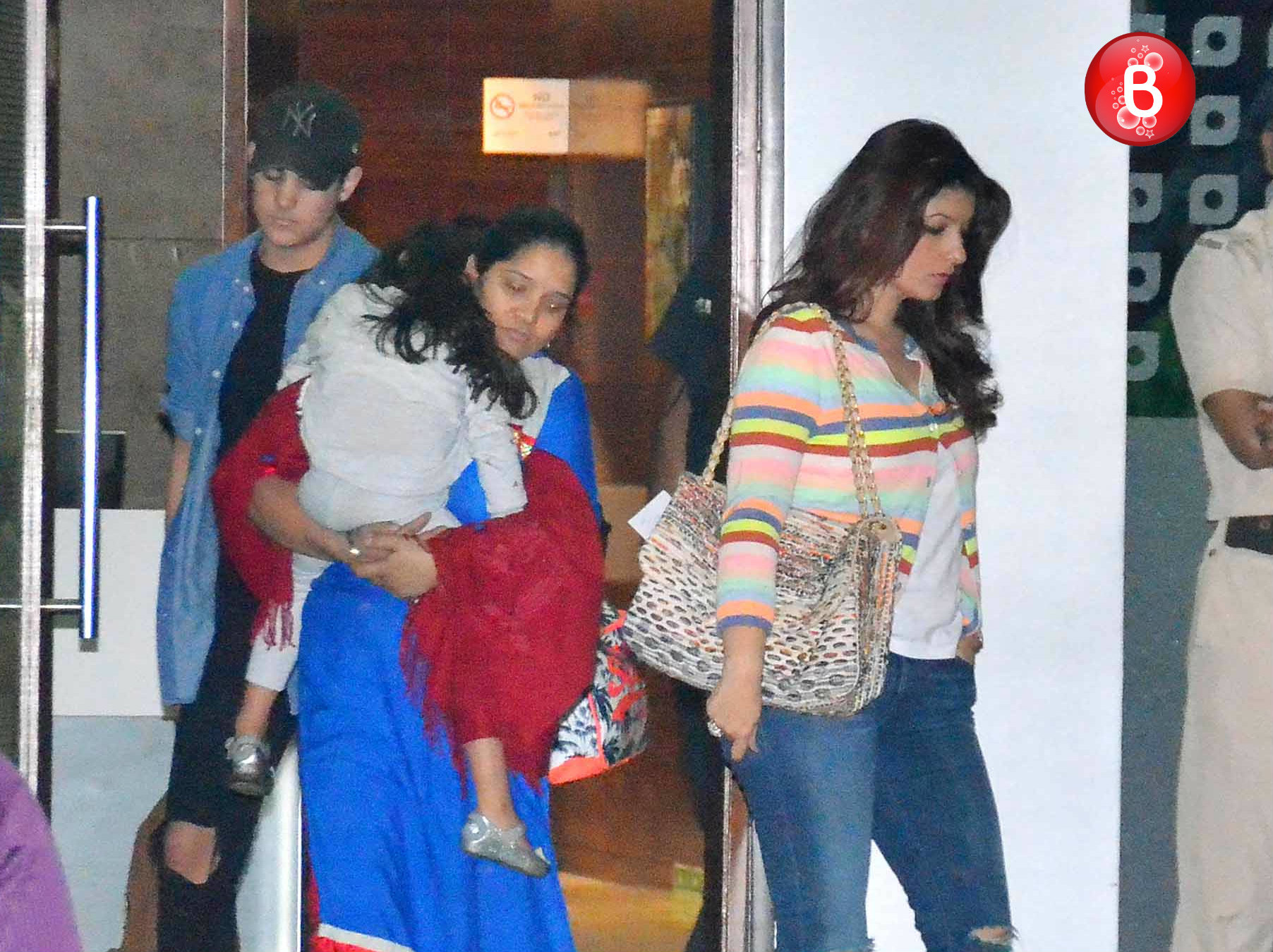 SPOTTED: Akshay Kumar and family is back from their secret vacation