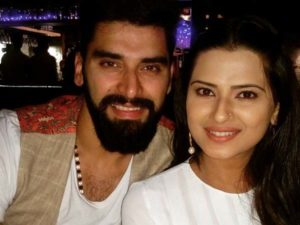 Nikitin Dheer with wife Kratika Sengar