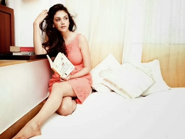 Aditi Rao Hydari turns assistant director for Mani Ratnam