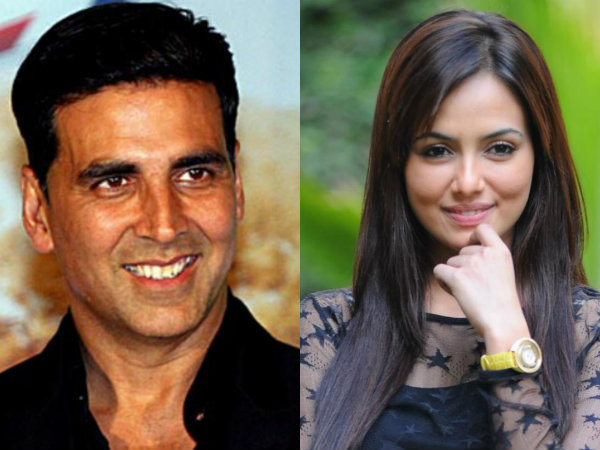 Sana Khan roped in to play Akshay Kumar's girlfriend in 'Toilet – Ek Prem Katha'