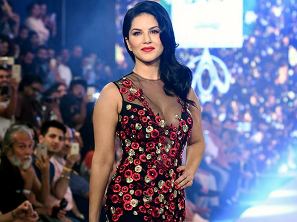 Watch: Sunny Leone dazzles the ramp as she walks for Swapnil Shinde