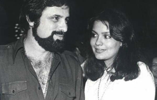 Zeenat Aman's blind love, later both parted ways