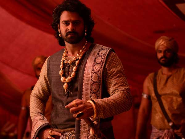 Woah! 'Baahubali 2' is the first movie to gross Rs 900 crore in India and Rs 64 crore in UAE