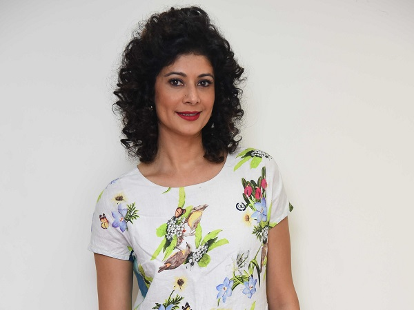 Look who's here! Pooja Batra is at her elegant best during the promotions of 'Mirror Game'