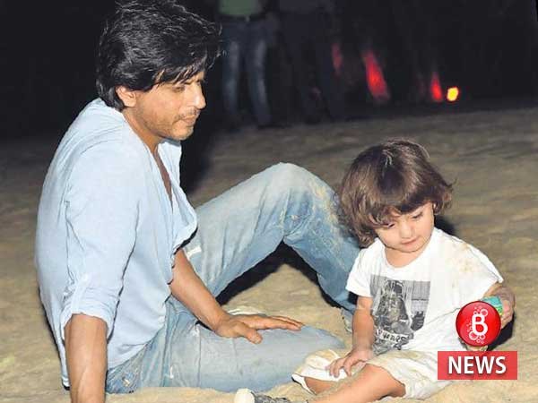 Shah Rukh Khan posted a 'hand some' picture with little AbRam and we are in love with it