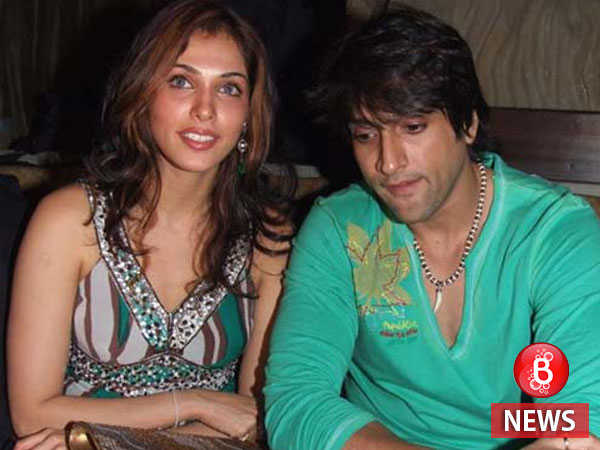Inder Kumar's ex-girlfriend Isha Koppikar is deeply pained by his death