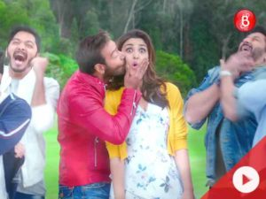 This 'Neend Churayi Meri' spin-off from 'Golmaal Again' will not disappoint you at all