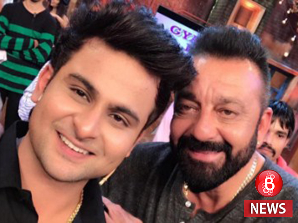Comedian Sanket gets emotional after meeting his idol Sanjay Dutt