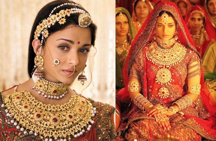 8 Evergreen Bollywood Movie Outfits That We Can Never Forget