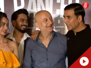 Akshay Kumar made a starry presence at the red carpet premiere of 'Ranchi Diaries'