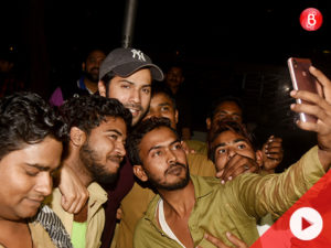 WATCH: Varun Dhawan spotted clicking selfies with the auto-wallahs