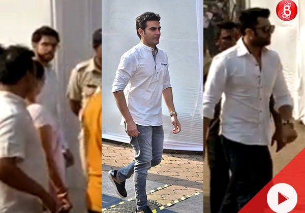 Watch: Arbaaz, Maniesh Paul and Aditya Thackeray arrive to pay last respects to Sridevi