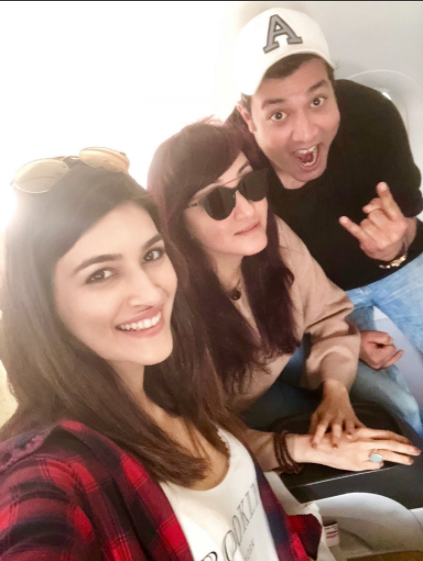 Kriti Sanon and Varun Sharma