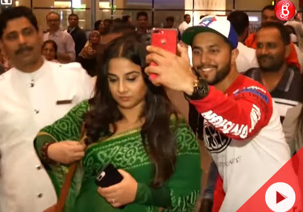 Watch: Vidya Balan looks uncomfortable while fans hound her for selfies at the airport