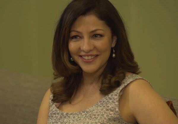 Watch: If Aditi Govitrikar was inside 'Bigg Boss' house with SRK, THIS is the relationship she'd have with him!