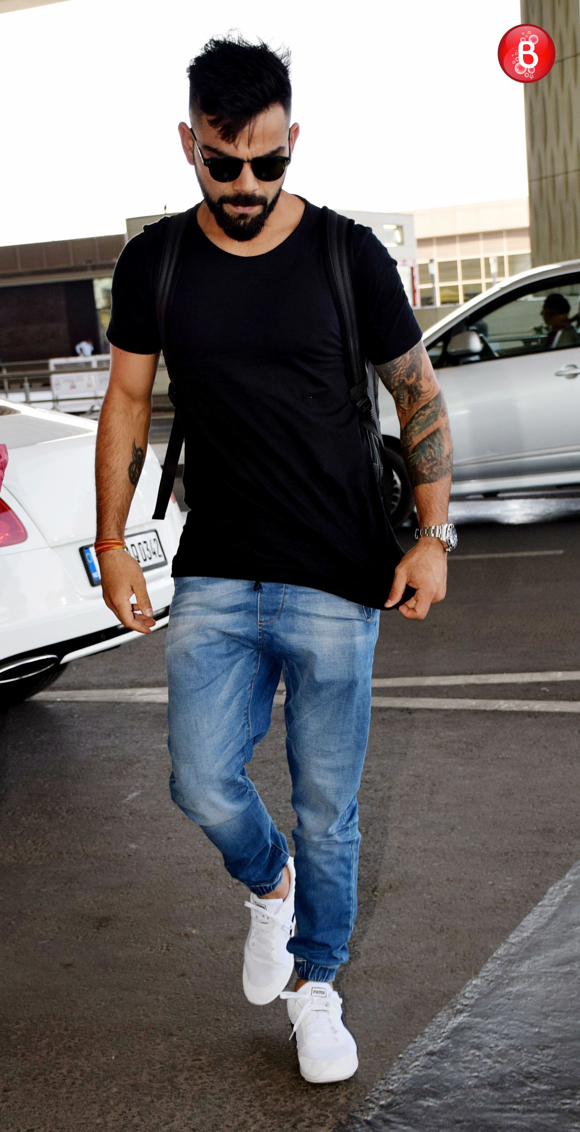 Virat Kohli S Airport Look Will Give Our Bollywood Hunks