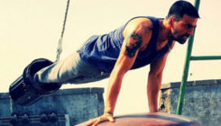 Akshay Kumar's workout with wooden beads- watch video