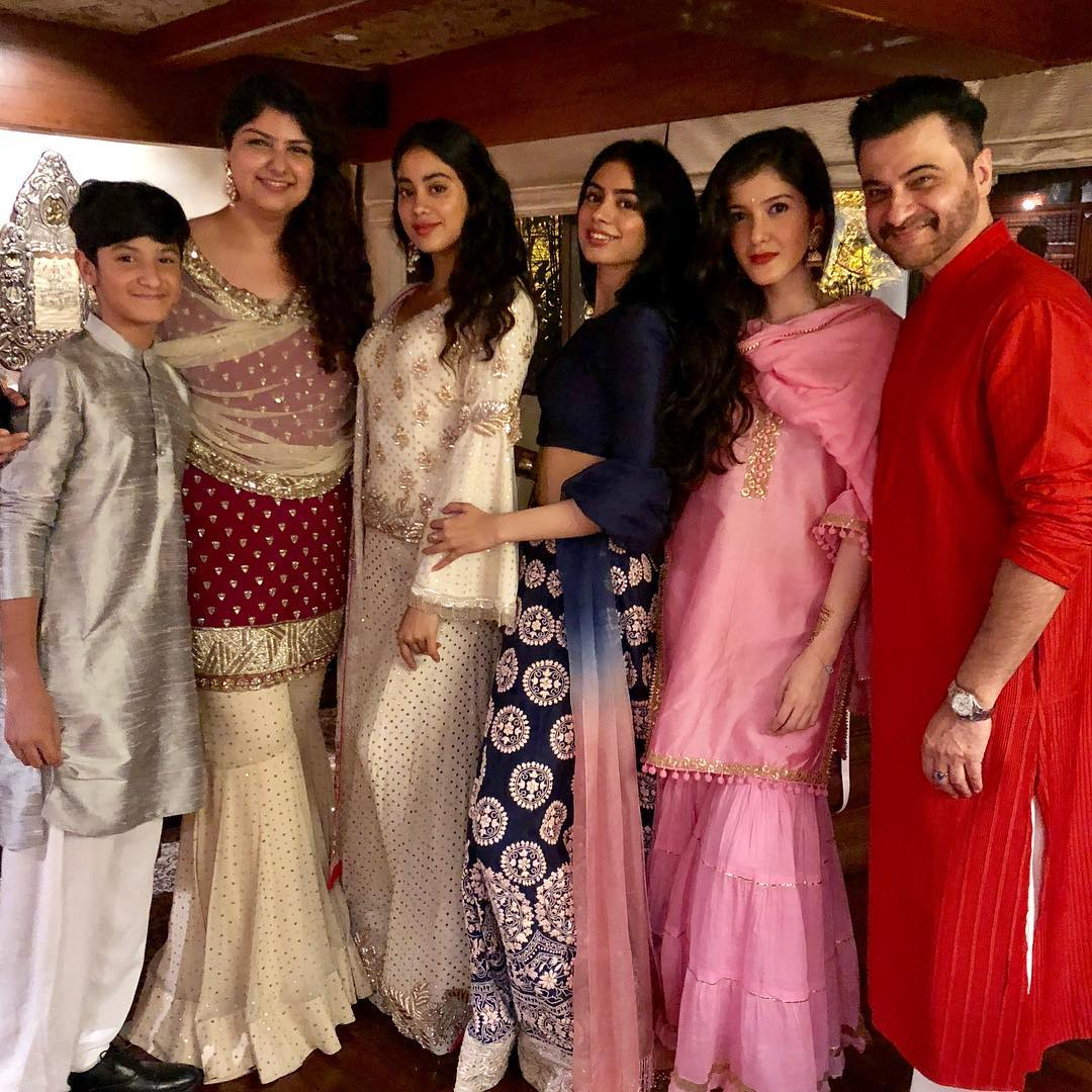 Sanjay Kapoor with his family members