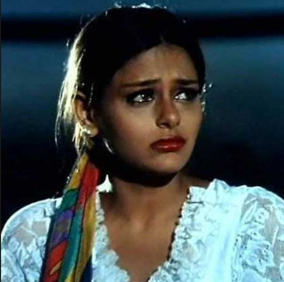 Mayoori Kango in a still from 'Papa Kehte Hai'
