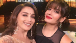 Madhuri Dixit and Raveena Tandon have a whistling challenge. Who wins?