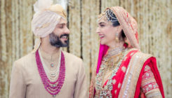 This unseen pic from #SonamKiShaadi will make you go aww!