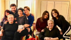 Rishi Kapoor poses with Sonali Bendre and Priyanka Chopra in NY