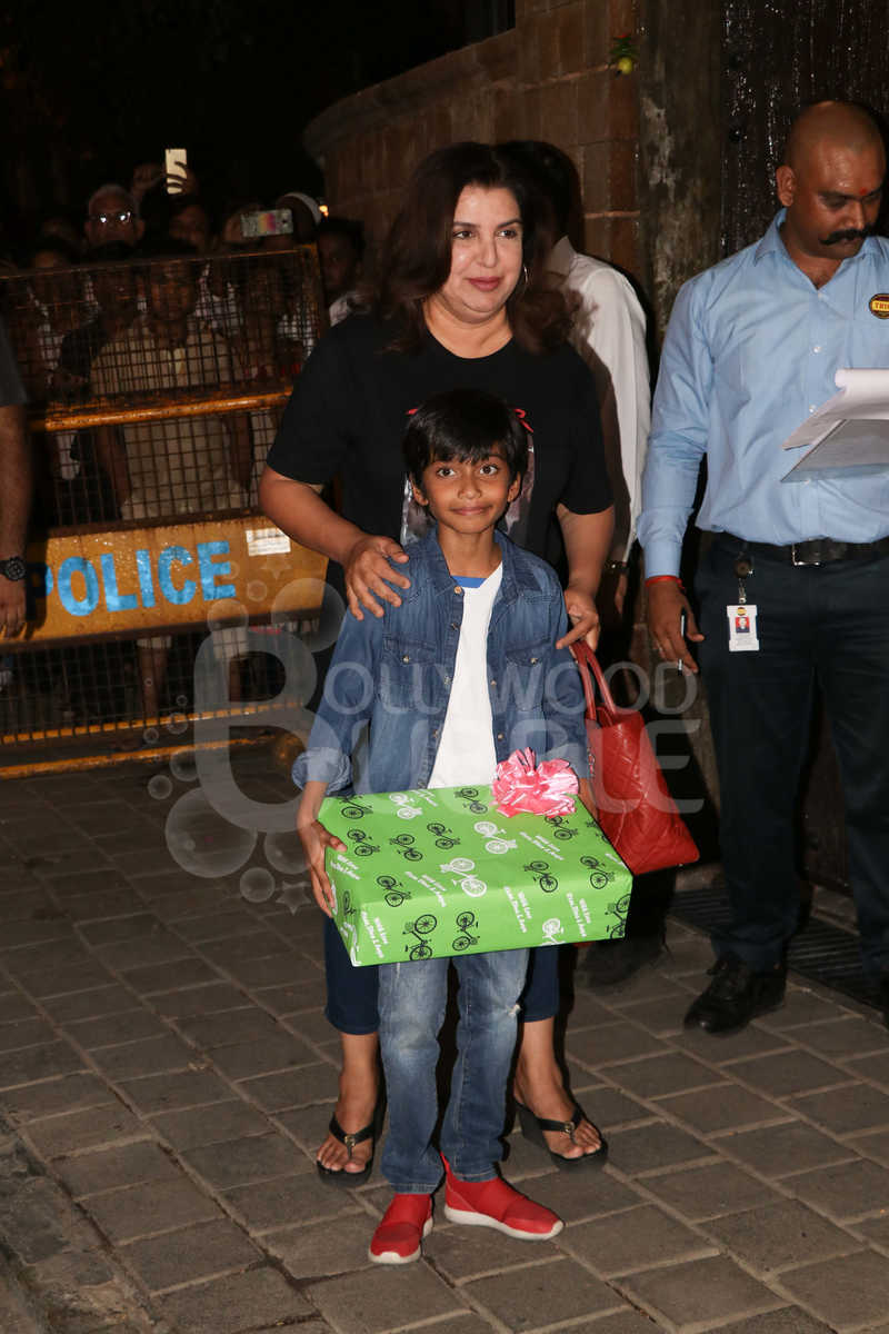Farah Khan and son Czar Kunder