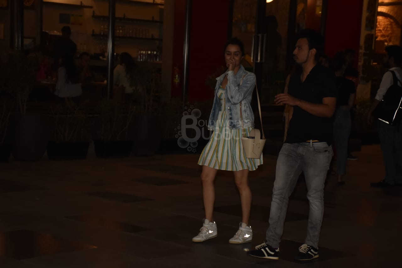 Shraddha was all smiles walking with Rohan