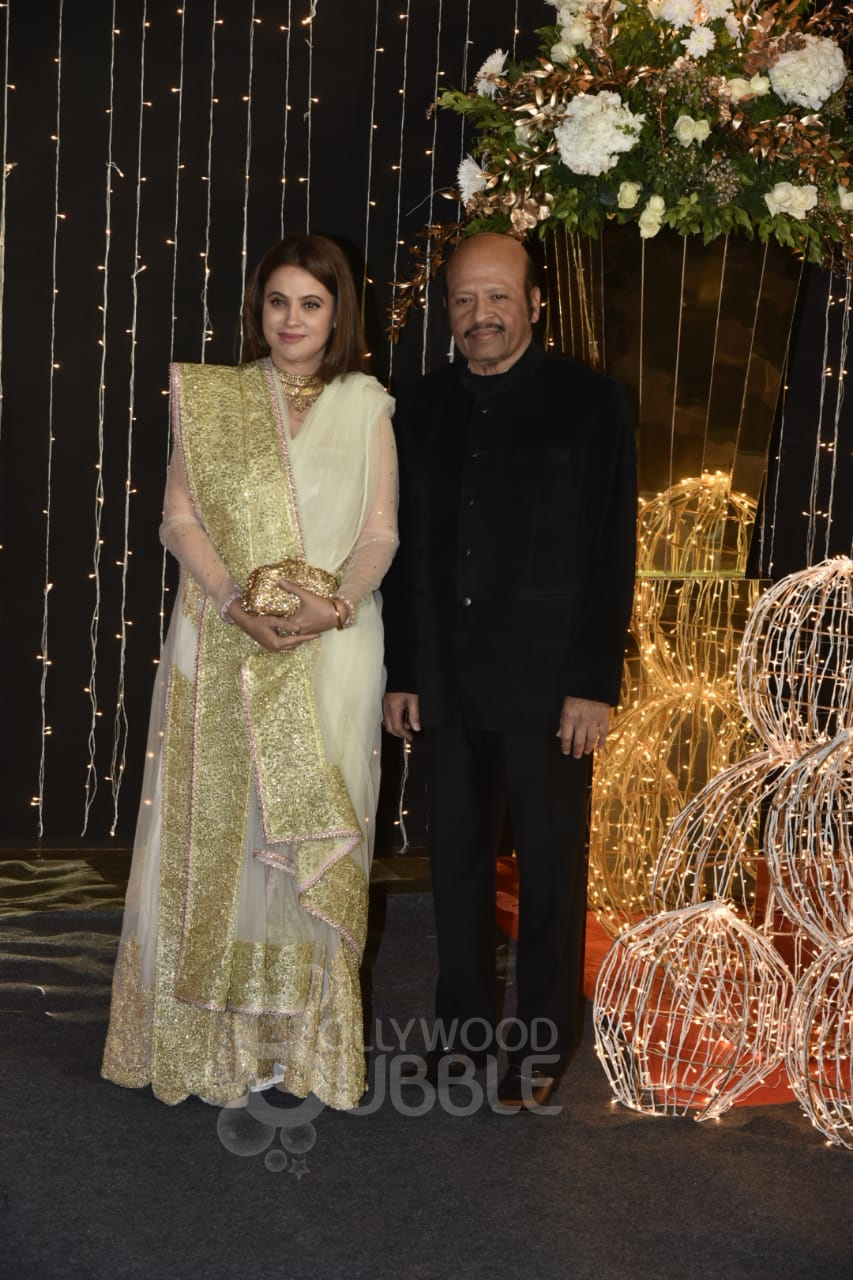 Rajesh Roshan and his wife