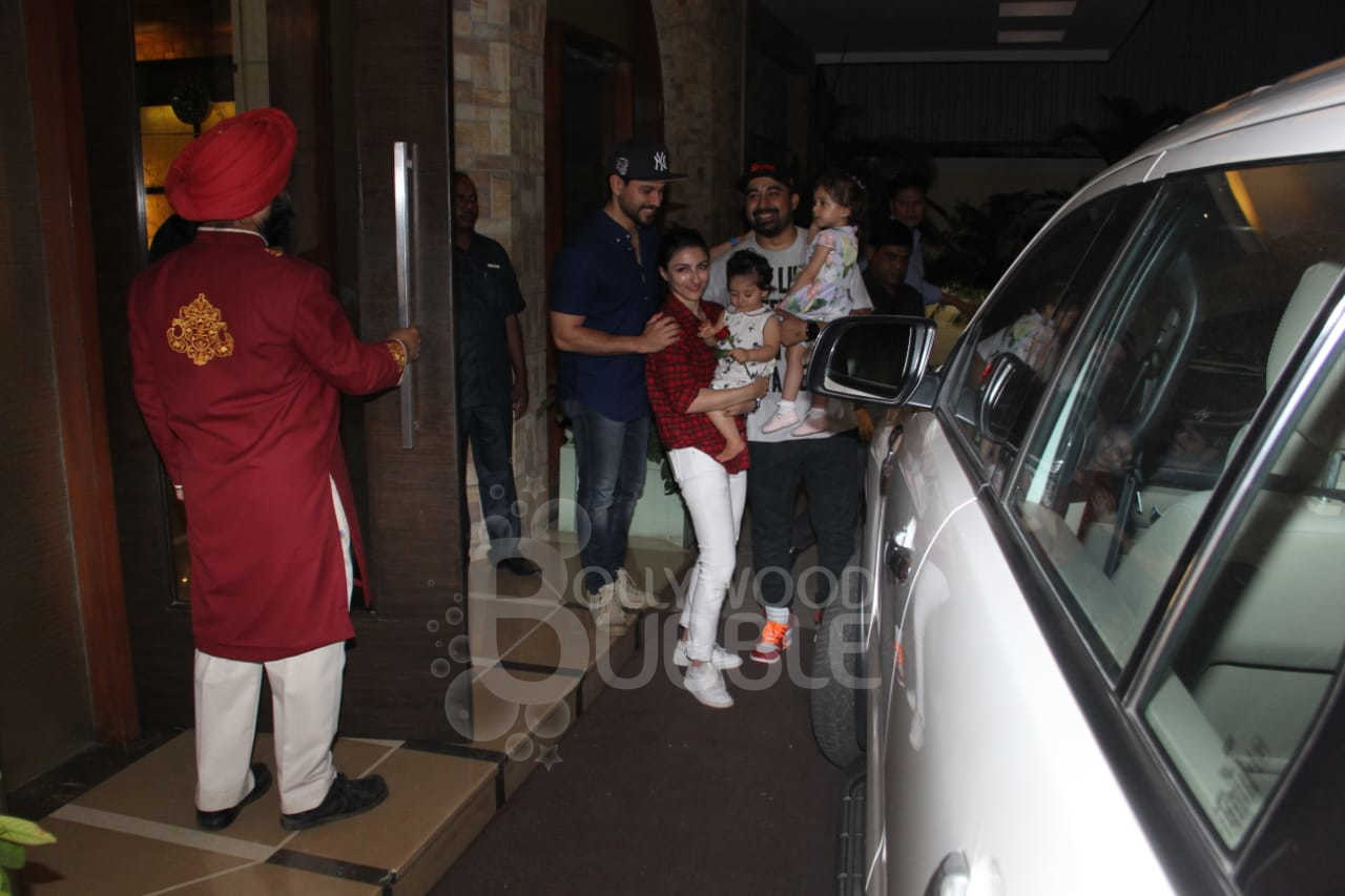 Soha Ali Khan, Kunal Kemmu and Rannvijay Singhaa with their kids