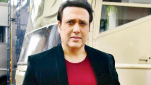 """Bollywood actor Govinda's nephew Janmendra Ahuja passed away today morning in his Yari Road flat. He was 34-year old. Police are busy ascertaining the cause of his death. According to initial reports, Govinda's nephewwas found dead under some mysterious circumstances and the cause of his deathhas not been identified. <div class=""""bb_ads_wrapper bb_ads_pos_inline1""""><!-- /13406045/ADX_Tag7 --> <div id='div-gpt-ad-1538990496854-0' style='text-align:center;'> <script> googletag.cmd.push(function() { googletag.display('div-gpt-ad-1538990496854-0'); }); </script> </div> <p style='text-align: center';>- Sponsored -</p></div> Janmendra Ahuja was livingat Yari Road Extension and his body has been sent for autopsy by the police officials.A source told India.com that Janmendra had complained of a sudden ache in his chest while at his flat and collapsed thereafter. Reportedly he was rushed to the hospital and was declared dead on arrival. At around 6.30 am, Janmendra's body was taken to a nearby hospital for post-mortem. Notably, Janmendra was the only son of Kirti Kumar and his demise has left everyone in shock.Govinda, Narmada Ahuja, Krushna Abhishek, Ragini Khanna, Kamini Khanna and the rest of the family were spotted at their house. As per the reports, the final rites are supposed to beperformed today at Pawan Hans cremation ground in Mumbai's Vile Parle. Talking about the sudden demise of Janmendra, Kashmera Shah told SpotboyE, """"We have just reached here. Janmendra is no more. It's a natural death. We are deeply shocked. I'll come back to you later."""" Also Read: Govinda REACTS to Kader Khan's son Sarfaraz's comment about his father figure remark"""
