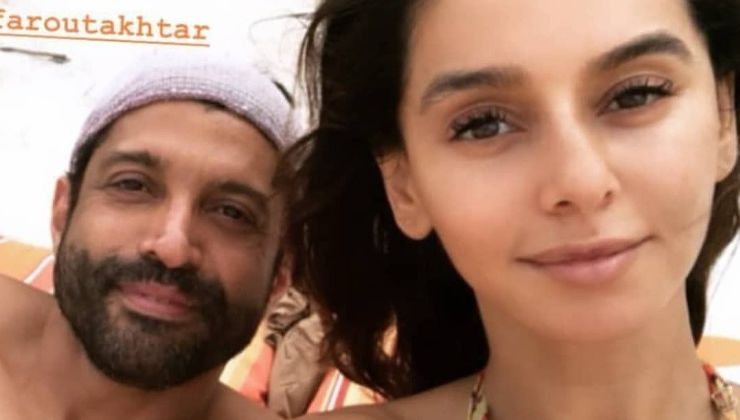 In Pics: Lovebirds Farhan Akhtar and Shibani Dandekar enjoy their beach vacation to the fullest