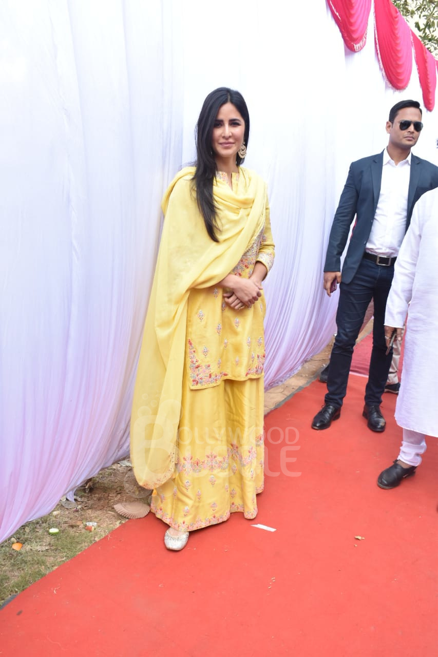 She is a vision in yellow