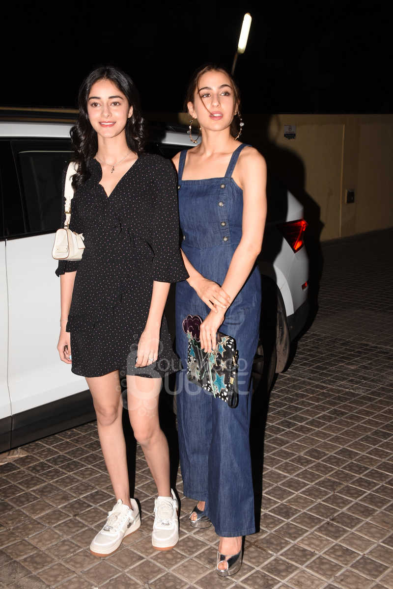 Ananya Panday and Sara Ali Khan