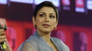 Sonali Bendre cancer surgery scar