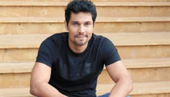 Randeep Hooda pays the ultimate homage to Lord Hanuman - view pic