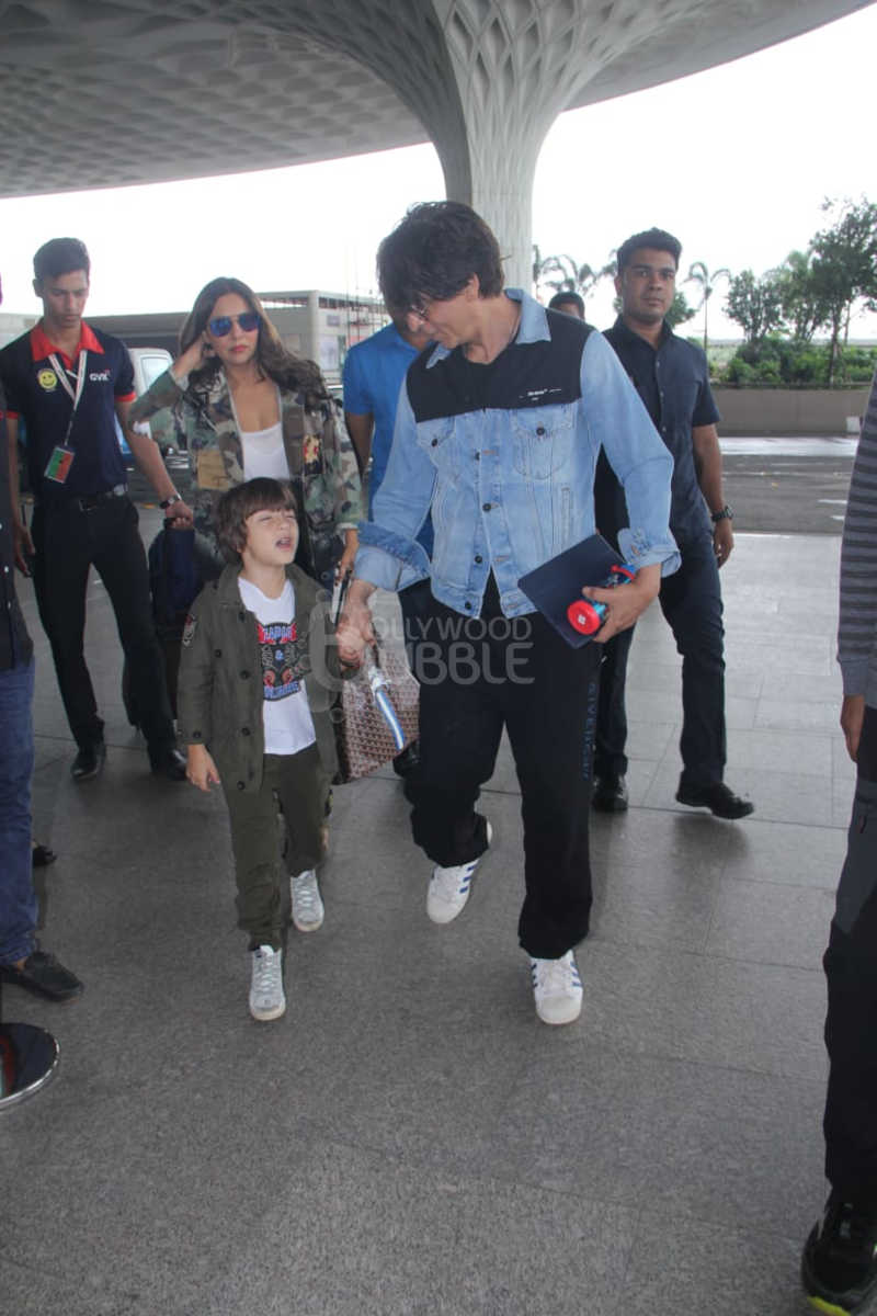 Shah Rukh Khan, Gauri and AbRam