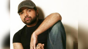 Himesh Reshammiya Car Accident
