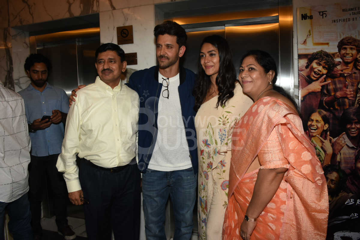 Hrithik and Mrunal Thakur