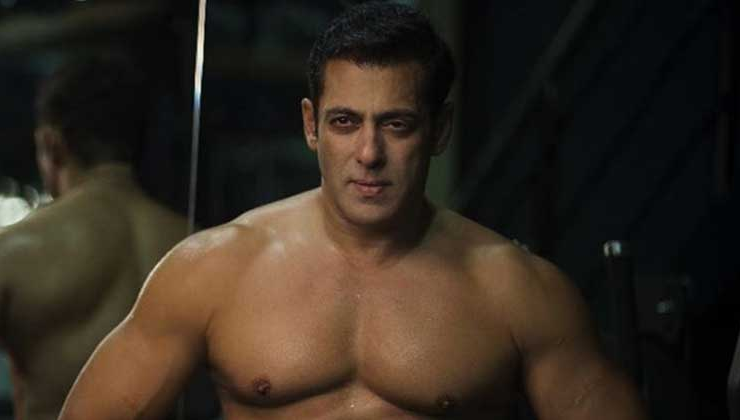 'Dabangg 3': Salman Khan gearing up to shoot for a shirtless climax scene with Kichcha Sudeep?