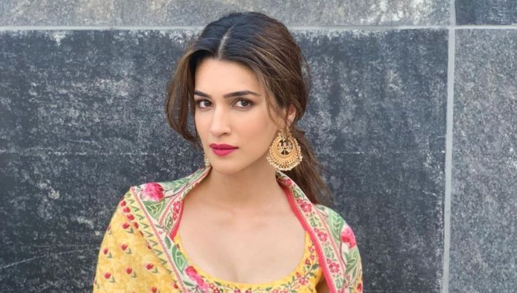 Say What! Kriti Sanon to be a part of 'Satte Pe Satta' remake?